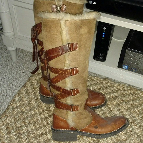 Born Shoes - Born Shearling winter boots Size 38
